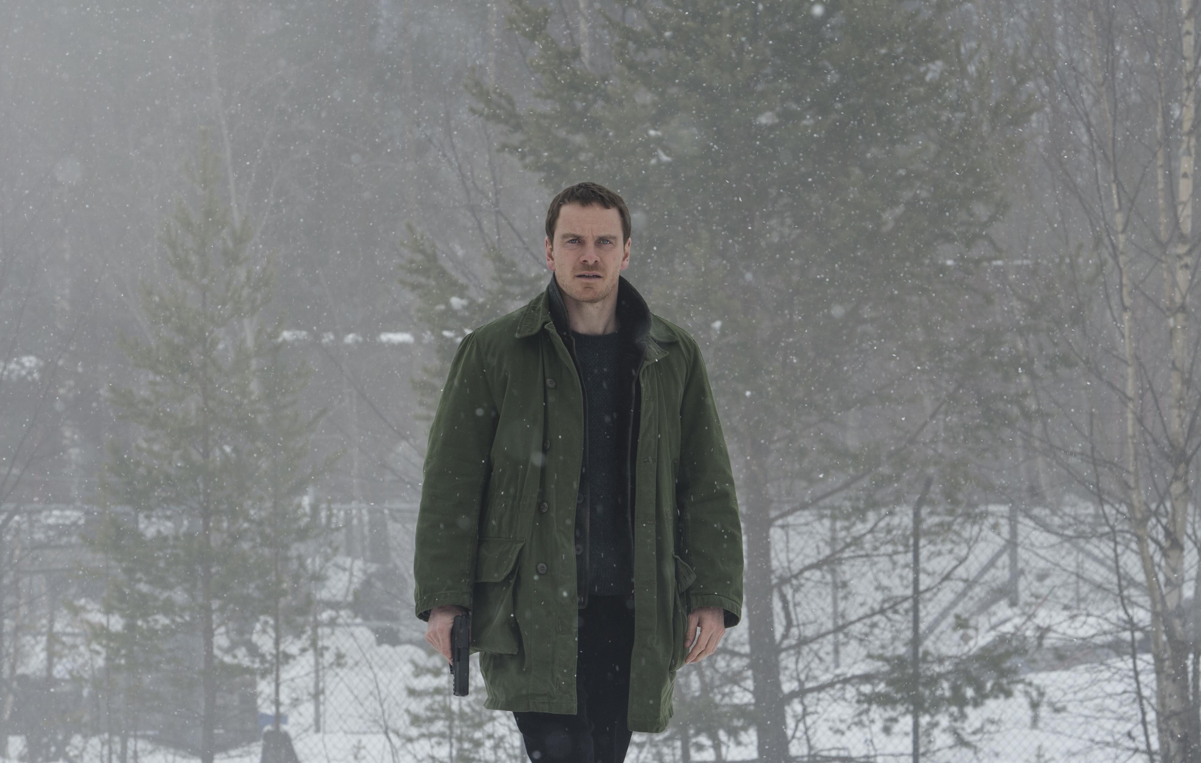 Michael Fassbender investiga uma série de crimes neste filme baseado no livro de Jo Nesbø, Boneco de Neve (The Snowman)